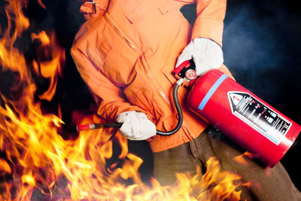 Какой огнетушитель выбрать, сможете ли вы потушить пламя