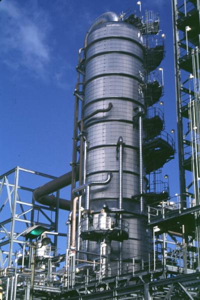 Пожаротушение ректификационной колонны, элементы защиты