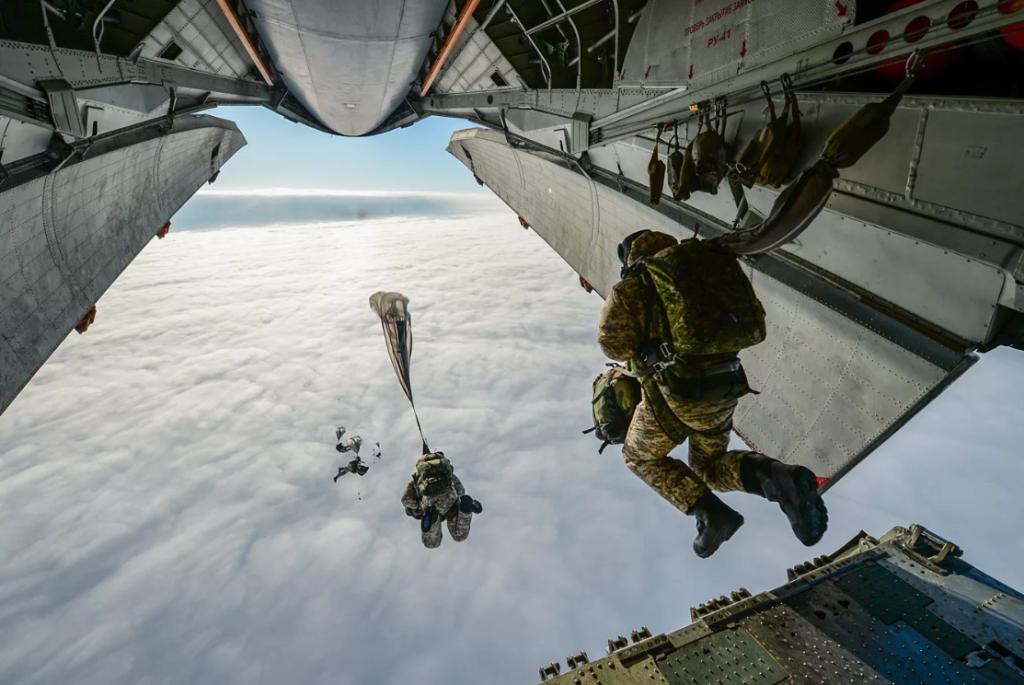 Парашютные прыжки