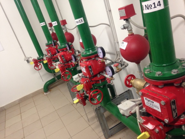 Окраска трубопроводов пожаротушения