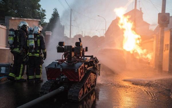 Роботизированный комплекс пожаротушения